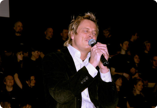 Worship leader and artist Arvid Pettersen