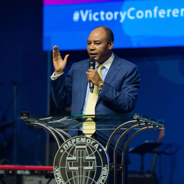"""The 3d day of the conference. Pastor Henry Madava: """"Appear wherever God wants to see you - and His power will manifest in you!"""""""