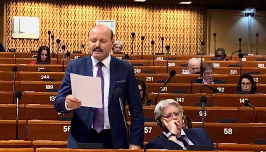 Strasbourg yesterday: PACE spells out strict conditions for removing a child from the family as a «last resort»
